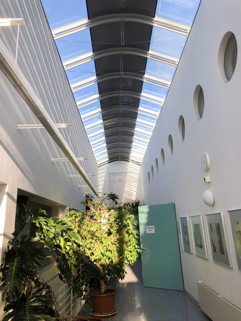 Innenansicht des Lehrgebäudes Campus Gesundheit